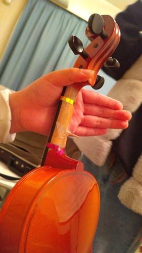 バイオリン持ち方工夫